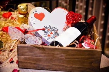 Send Romantic Gifts Online