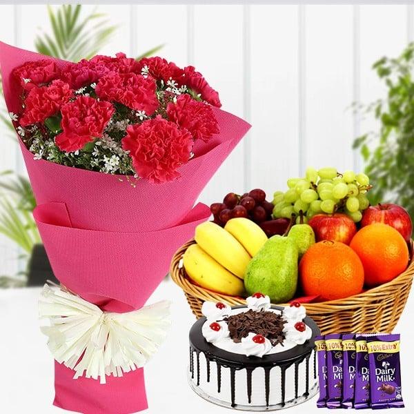 Gift Hamper For Sweet Mom