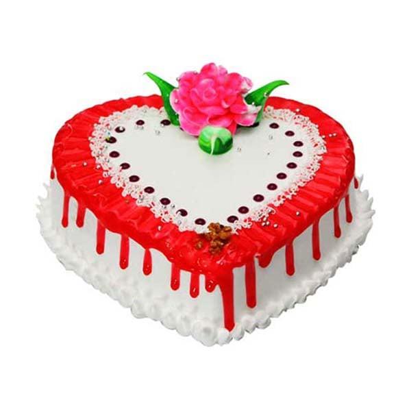 Strawberry Heart Cake 1 kg