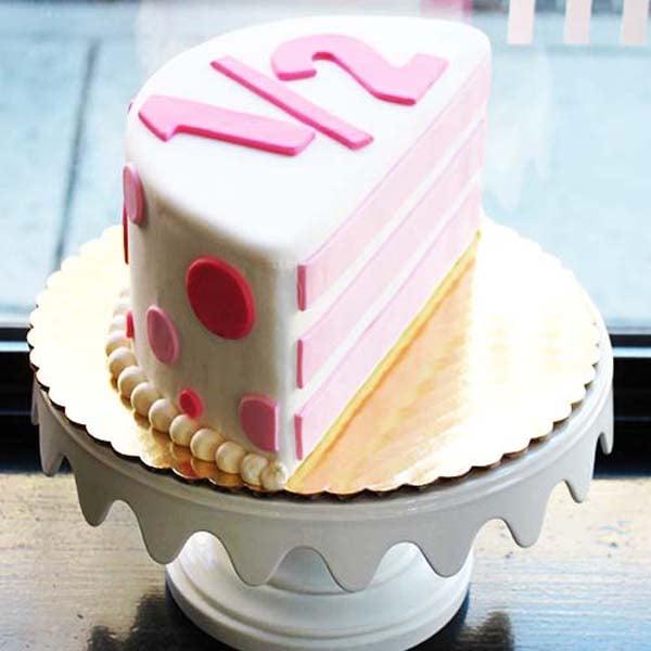 Half Year Anniversary/Birthday 1 kg Cake