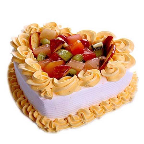 Half kg Delectable Fruit Heart Cake