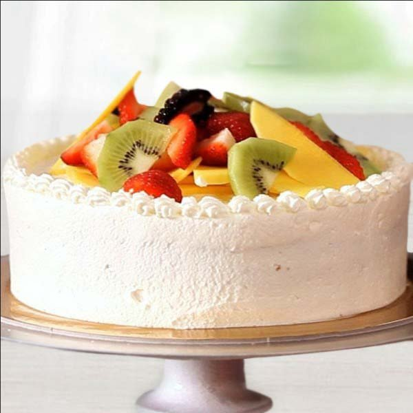 Tempting Round Fruit Cake