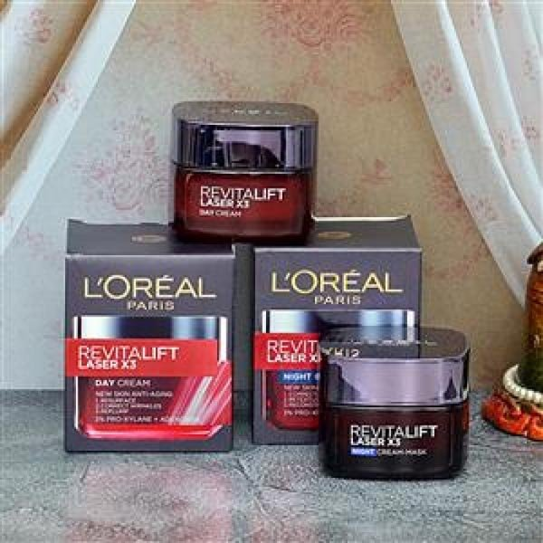 LOREAL REVITALIFT DAY NIGHT COMBO