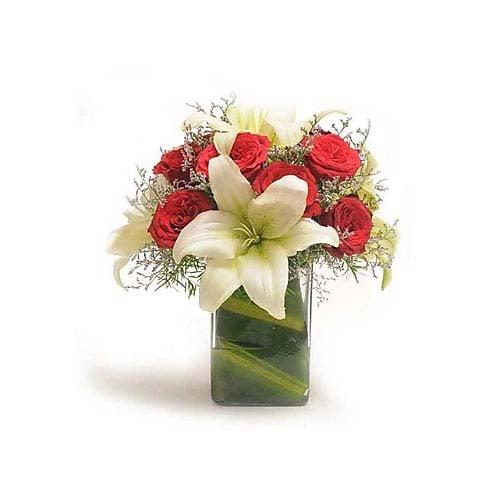 Rose N Lilies - Bouquet