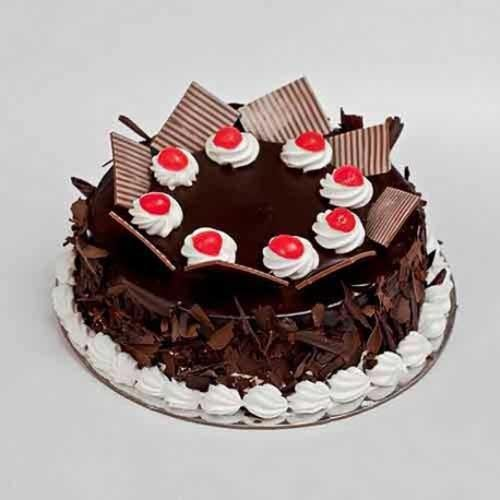 CHOCOLATE FLAKE  BLACKFOREST CAKE