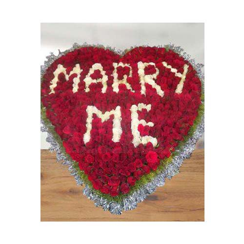 Marry Me - 500 Roses Arrangement