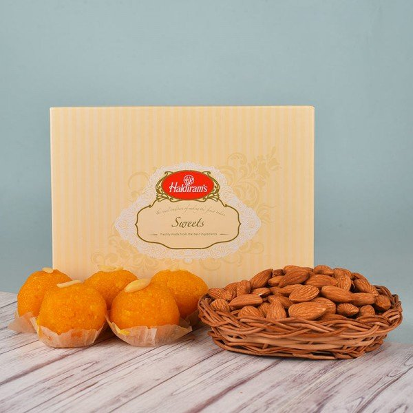 Almonds Basket N Motichoor Laddoo