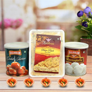 Diwali Sweets Hamper - Haldiram Rasgulla, Gulabjamun & Soan Papri