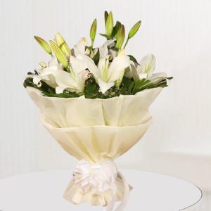 Snow White Peace - Lillies Bouquet