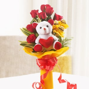 Online Gifts Delivery Red Rocher Bouquet Online