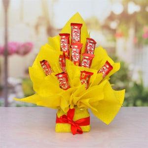10 Pcs Kit Kat Bouquet Arrangment Hamper