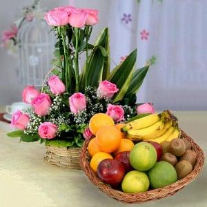 18 Pink Roses & Mixed Fruit Basket