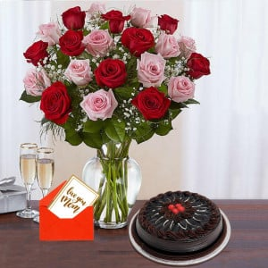 Red & Pink Roses With Chocolate Cake For Mom