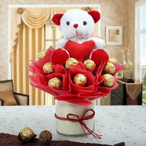 SURPRISE GIFT OF CHOCOLATE WITH TEDDY