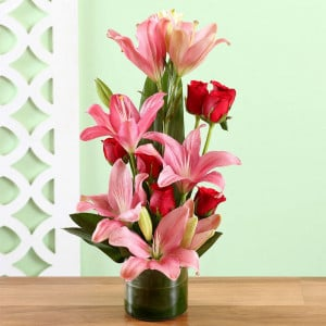 Lilly Bouquet Online