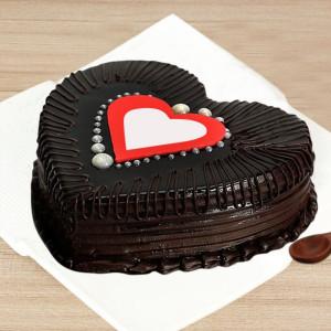 Gratifying Truffle Cake Online