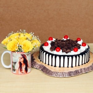 Personalised Mug With Cake N Roses Arrangement