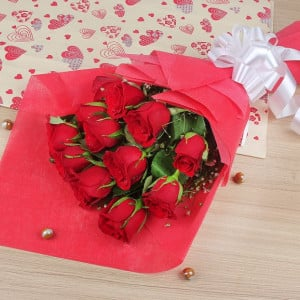 Simply Roses Surprise