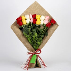 Mix Roses Bouquet In Jute Wrapping
