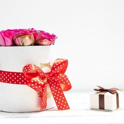 Anniversary Best seller gifts onine